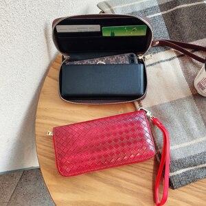 Image 2 - 高級地紋クラッチ4.0〜6.7サイズユニバーサル携帯財布Fhx 21T iphoneサムスンhuawei社xiaomi電話バッグ