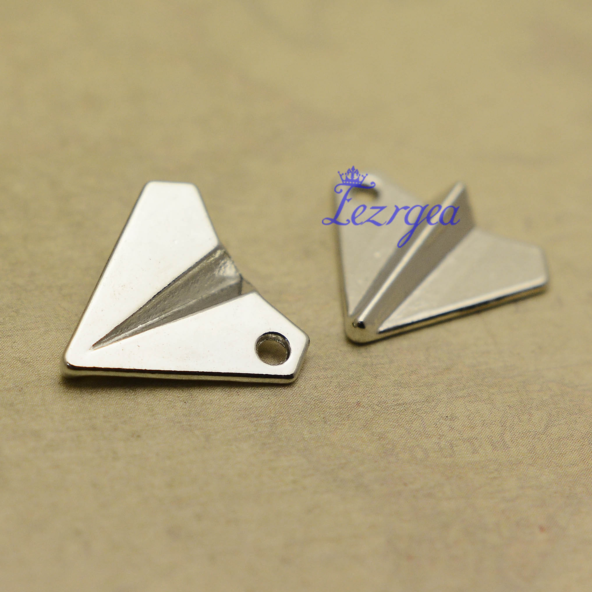 30pcs/lot--18x17mm, Antique silver plated/bronze plated paper airplane plane Charms,DIY supplies,Jewelry accessories image
