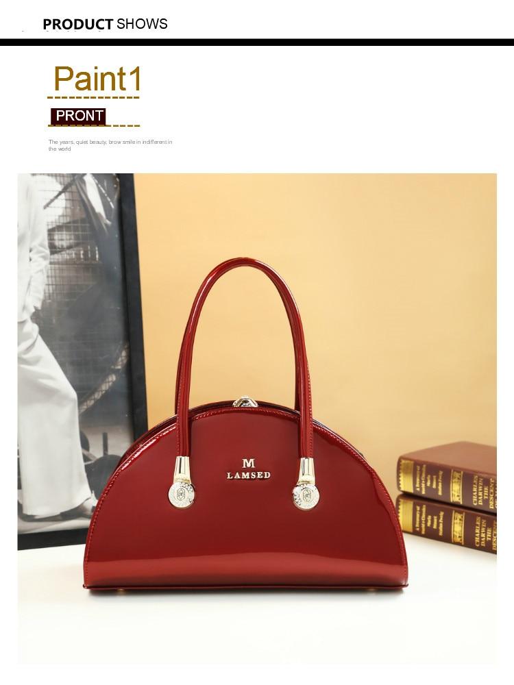 com saco de couro patente bolsa feminina
