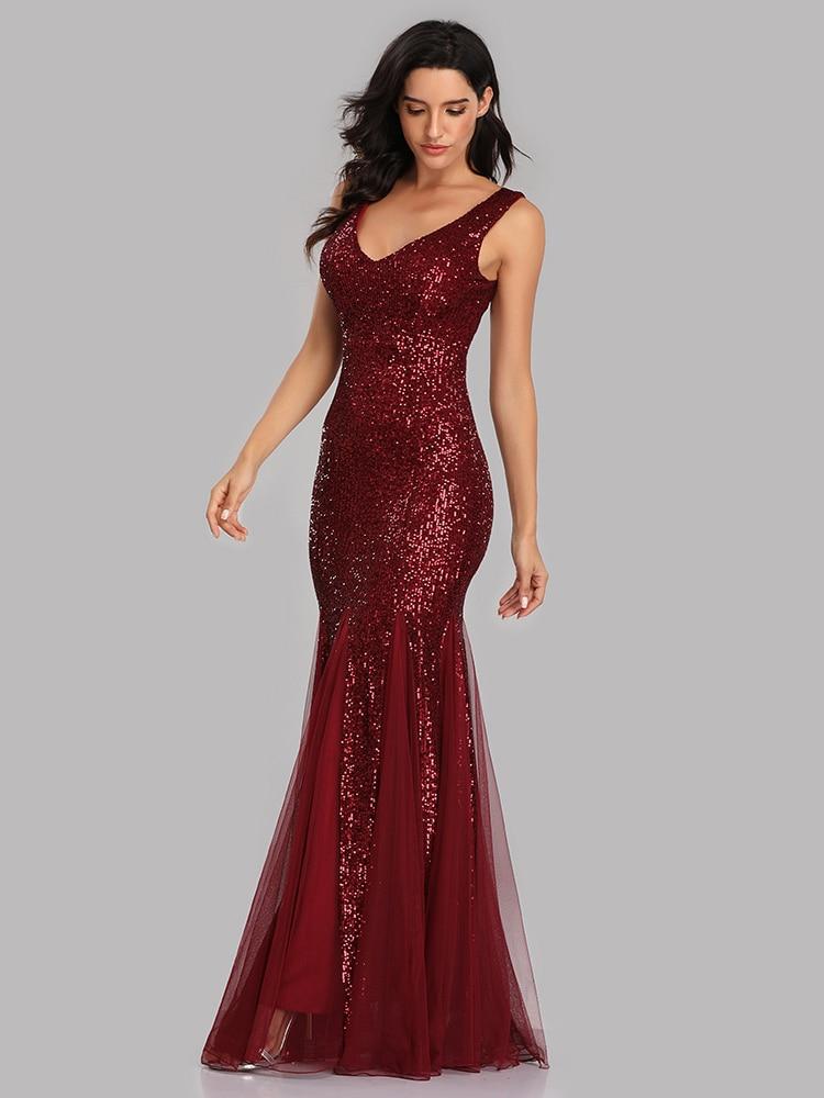 Vestido longo de festa de baile, decote