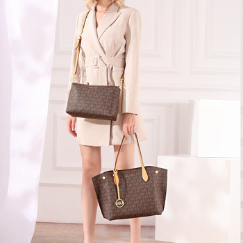 Women Autumn  Brown Fashion Style PU Material Handbag Lightweight The Latest Delicate Beautiful No.5842