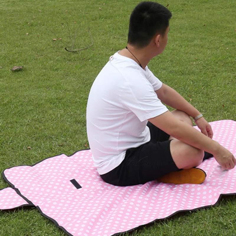 Picnic Mat Waterproof  Oxford Cloth Mat  Moisture-Proof Folding Camping Pad Lawn Mat For Outdoor