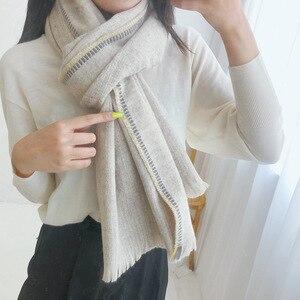 Image 3 - Marke Designer Kaschmir Schal Frauen 2019 Winter Schals Hohe Qualität Schals und Wraps Dicke Warme Pashmina Dame Decke Schal