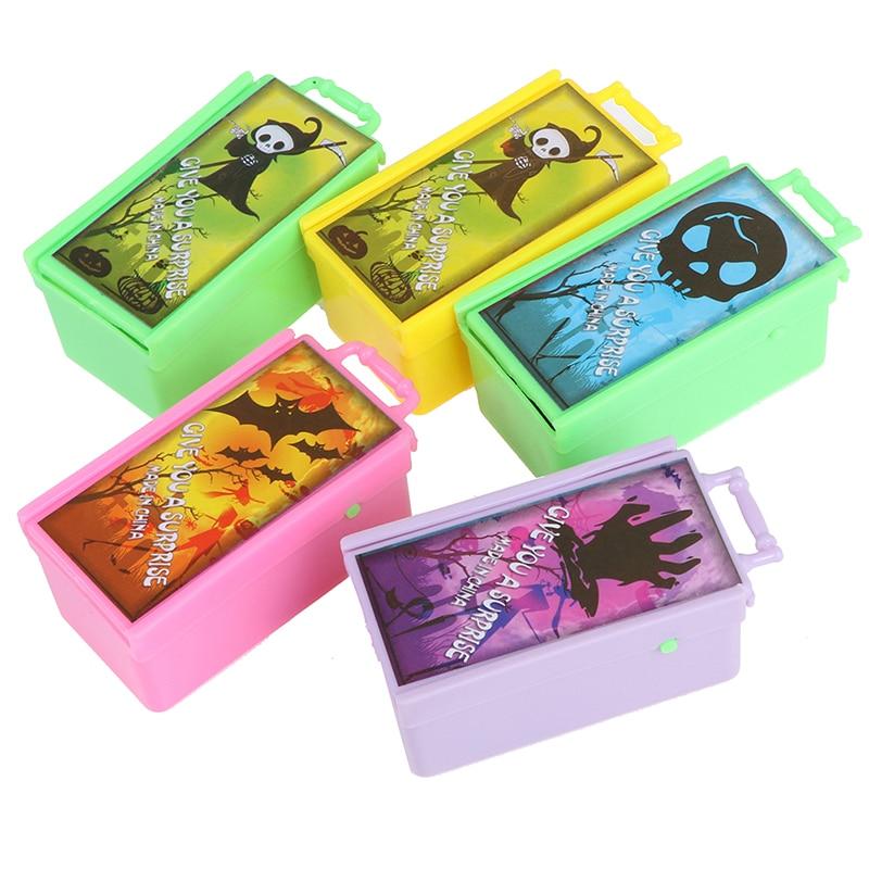 FunnySurprise Animals Prank Spider Bite Prank Toy Bite In Wooden Box Practical Joke Prank Toy Gift Scare Box Prank Toy