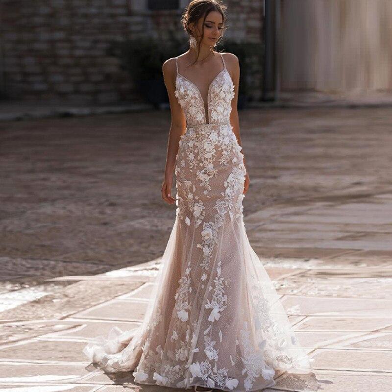 Eightree Vintage Mermaid Wedding Dresses Lace Appliques V-neck Bride Dress 3D Flowers Backless Wedding Gown Vestido De Noiva