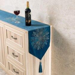 Europejski wysokiej jakości Hot wiertła Bauhinia kwiat bieżnik Pure Color obrus z frędzle niebieski luksusowe miejsce Mat