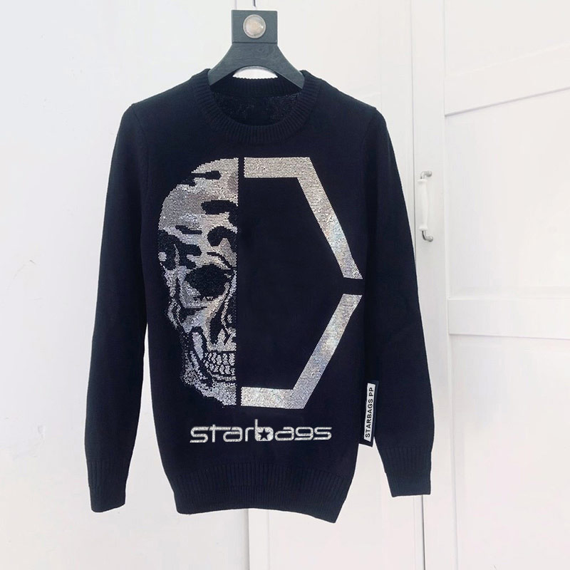 STARBAGS PP Brand New Fall/winter 2019 Collection Features A Midrange Fashion Leader -- A Slim Knit Sweater For Men