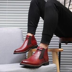 Image 5 - Misalwa秋の冬 2020 男性チェルシーブーツ黒、赤、黄色マイクロファイバーレザーブローグブーツ牛カジュアルシューズビッグサイズ