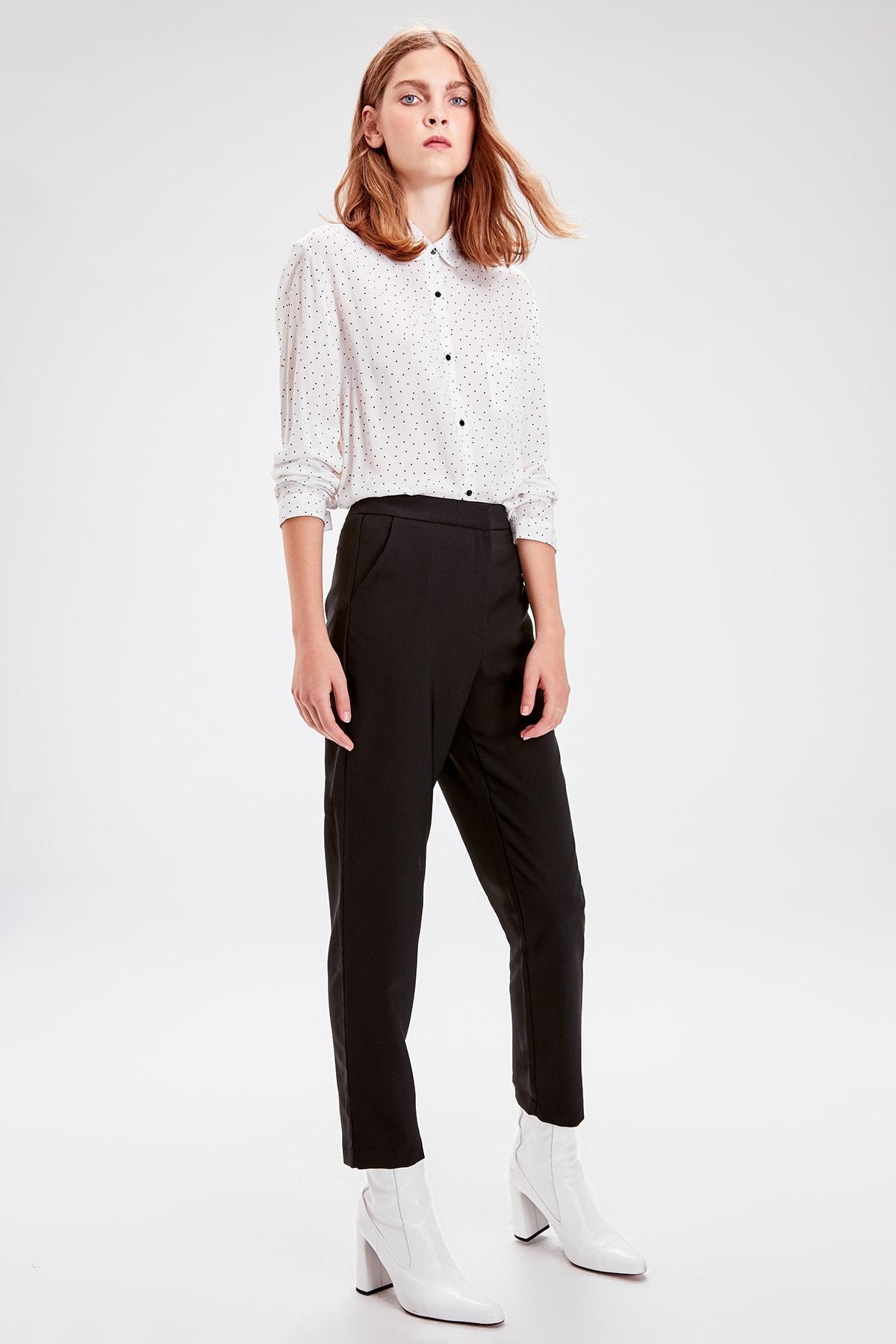 Trendyol Black Tight Bell-Bottomed Pants TWOAW20PL0060
