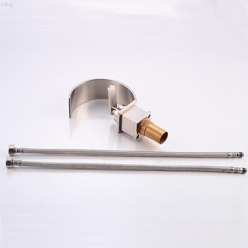 Robinet de lavabo Style courbe robinet chromé finition monocommande trou pont monté lavage chaud froid mélangeur salle de bain cuisine évier