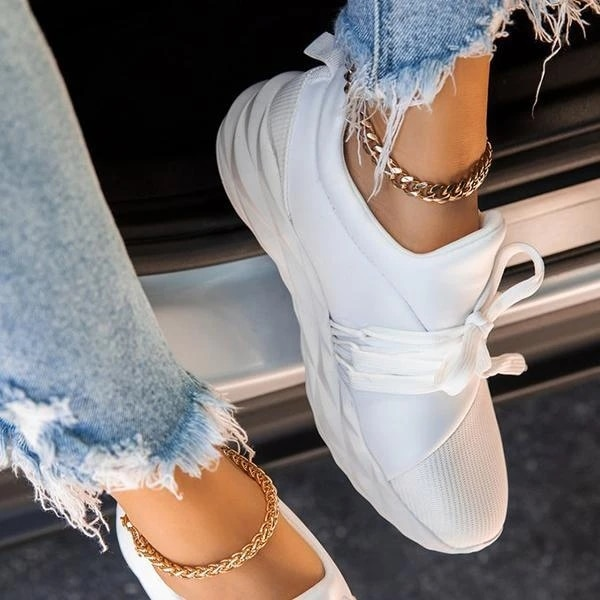 Hot 2020 Autumn Women Sneakers Fashion Comfy Women Sports Shoes Lace Up Outdoor Breathable Shoes Walking Running Casual Shoes