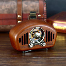 Classic vintage retro Wood FM AM SD MP3 Bluetooth Rechargeable Radio with Speaker Supports AUX Function Strong Bass Loud Volume