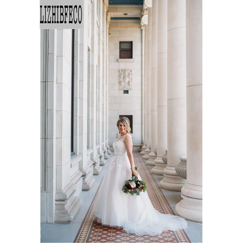 White Lace Tulle Sleeveless Floor-Length A-line Wedding Dress Chapel Train Bridal Gown Custom Made