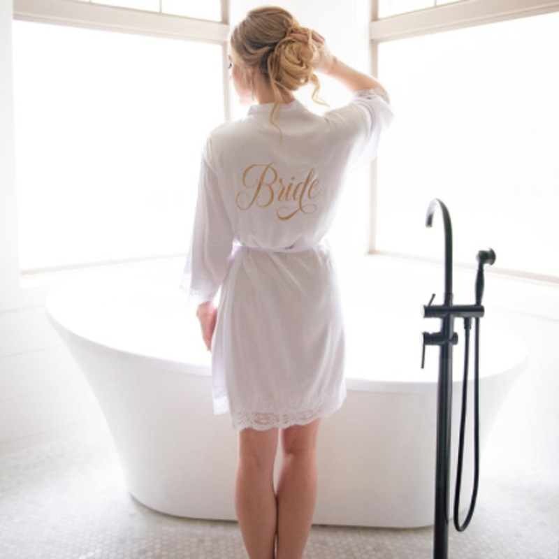 Pajamas Women's Bride Morning Gowns Izable Wedding Bridesmaid Mission Robe Marriage Thin Cardigan Makeup Women's Women's R