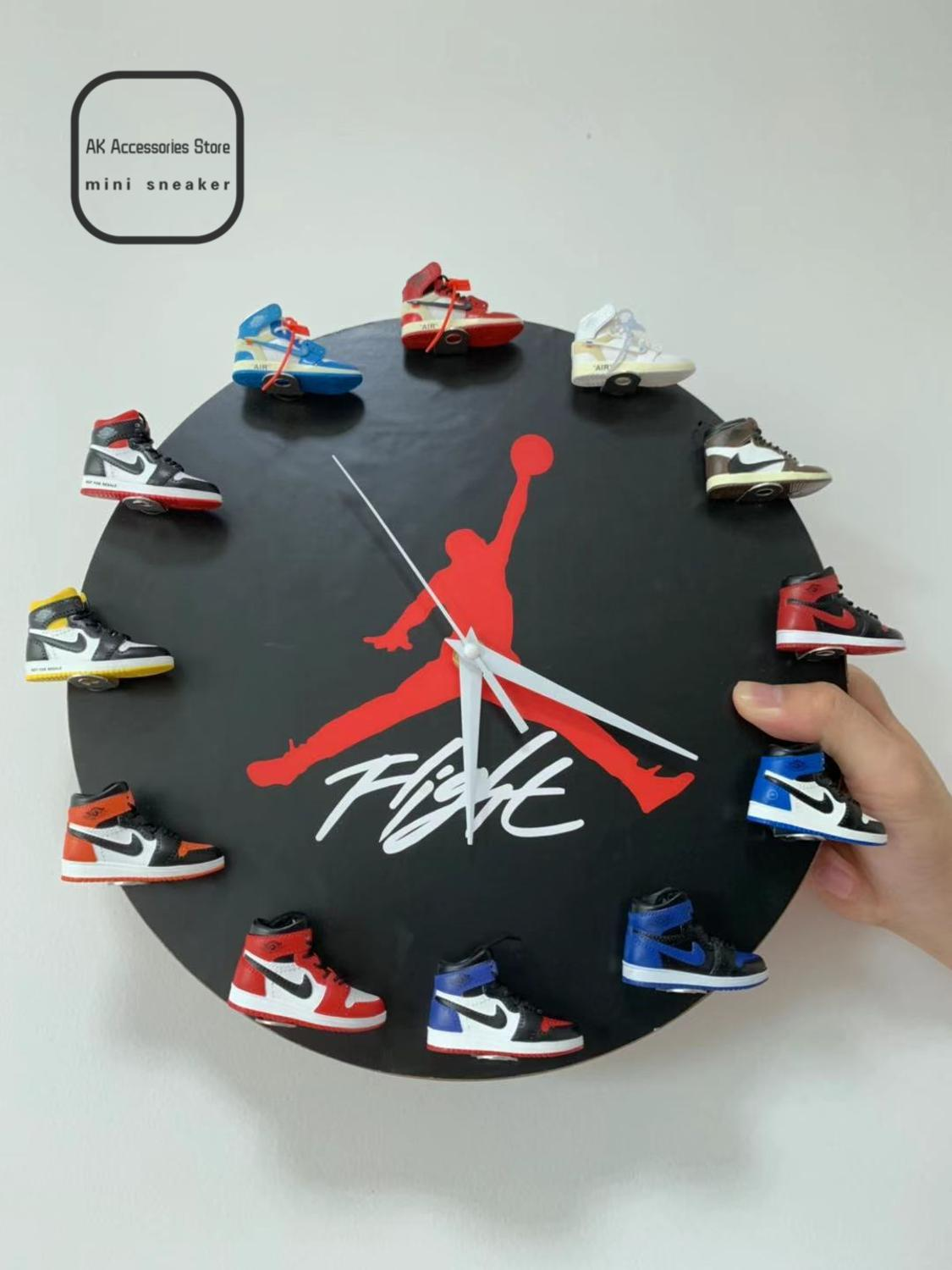 Fashion Gift Present Air Jordans 3D Sneaker Aj Clock With All AJ1 Retros Mini Sneakers HANDING Wall Doll Accessory Clock