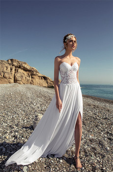 2020 New Sweetheart Lace Top A-Line Beach Wedding Dresses Chiffon Skirt Bridal Gowns Sexy Split Sweep Train Spring Bandage Back фото