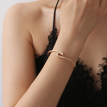 Fashion New Creative Handwear Metal Wave Open Bracelet Bohemian Twisted