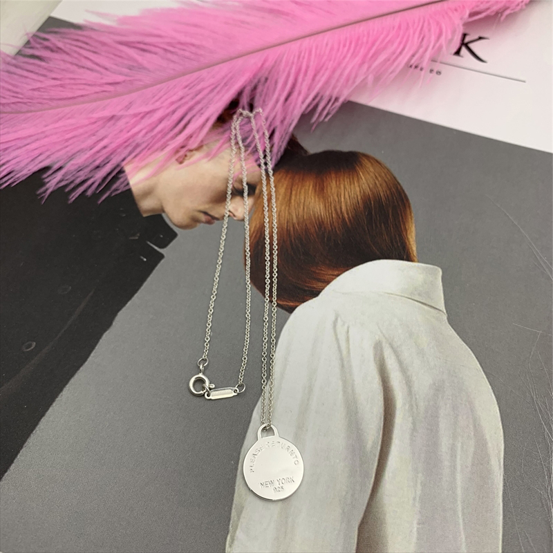 S925 sterling silver heart-shaped necklace, classic fashion enamel round pendant necklace, logo1: 1 female holiday gift.