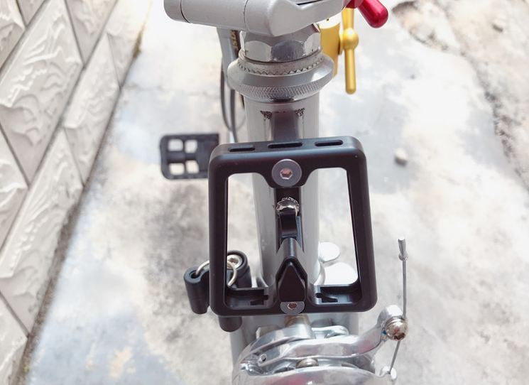 Ultra-Light Bicycle Front <font><b>carrier</b></font> Block <font><b>Bag</b></font> Bracket <font><b>Bike</b></font> Racks For Brompton Folding Cycling <font><b>Bike</b></font> Accessories image