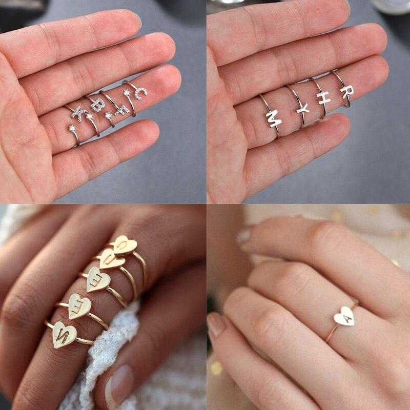 Anéis de letras 26 para mulheres, anel de aço inoxidável ajustável de letras do alfabeto, anéis minúsculo de coração, acessórios de dedo