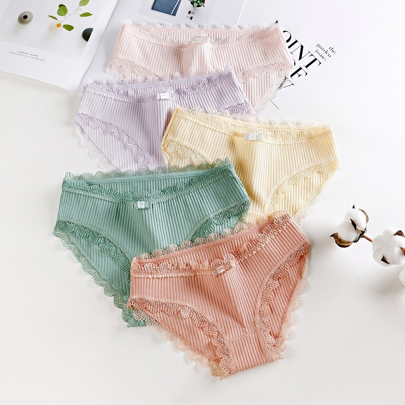 Girl Cotton Lace Panties Sexy High Elasticity Underwear Sexy Mother Underpant Knickers Briefs Comfort Underpants Suitable 13-35Y