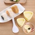 2 Teile/satz DIY Sushi Mold Onigiri Reis Ball Lebensmittel Drücken Dreieckige Sushi Maker Mold Sushi Kit Japanischen Küche Bento Zubehör