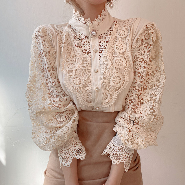 Gizmosy Chic Button Hollow Out Flower Lace Patchwork Shirt Stand Collar All-match Femme Blusas Petal Sleeve Women Blouses 2