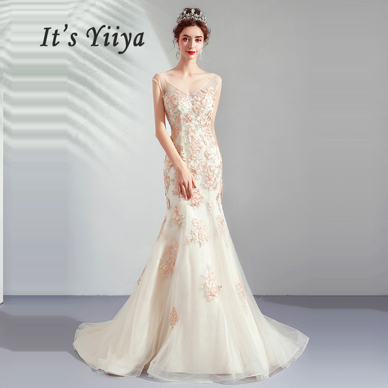 It's Yiiya   Evening     Dress   Lace V-neck Robe De Soiree Hollow Women Party   Dresses   2019 Long Plus Size Sleeveless   Evening   Gowns E650