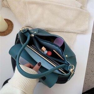 Image 5 - Totes Bags Women Large Capacity Handbags Women PU Shoulder Messenger Bag Female Retro Daily Totes Lady Elegant Handbags