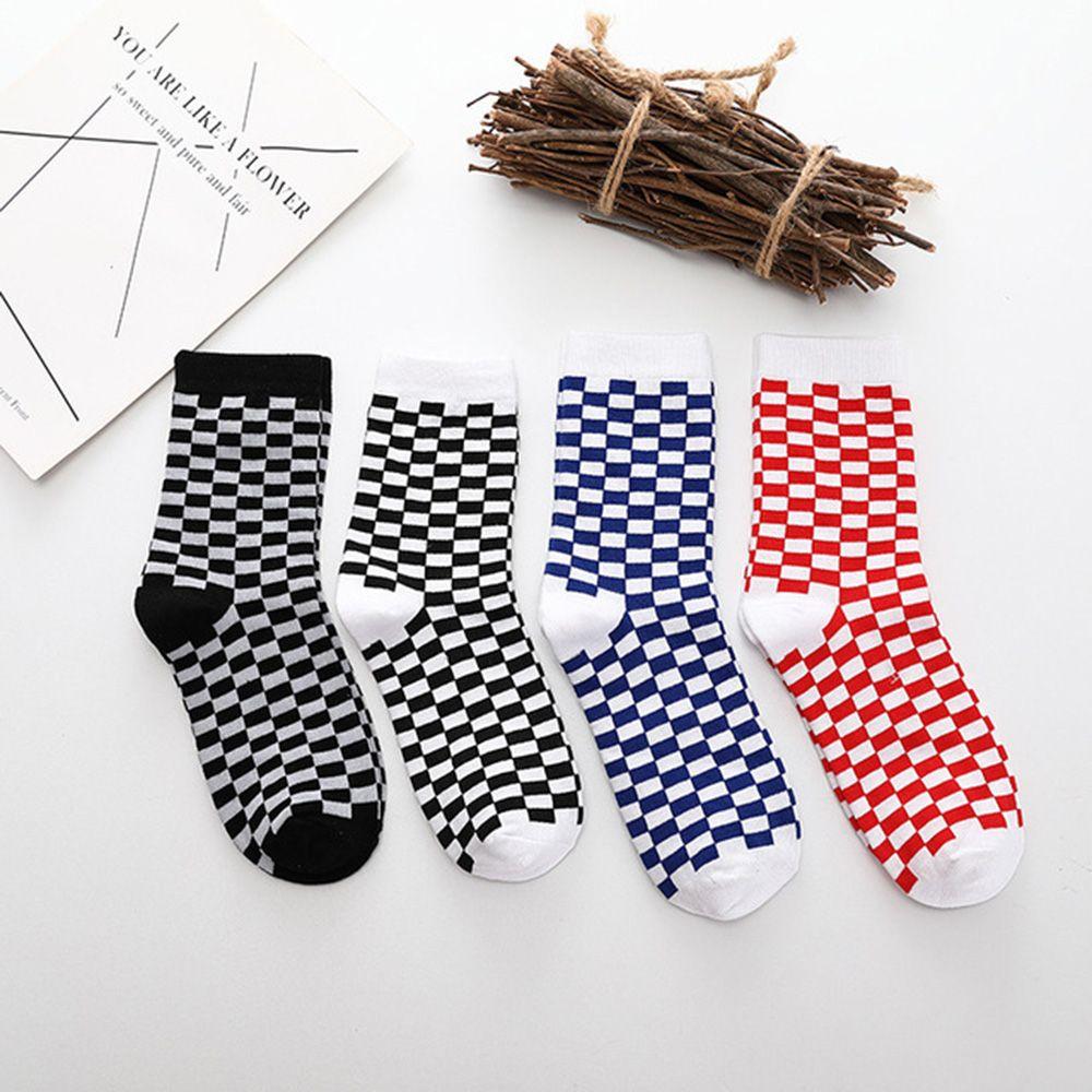 Korea Fashion Trend Unisex Socks Checkerboard Geometric Checkered Socks Men Women Hip Hop Streetwear Cotton Socks Black White