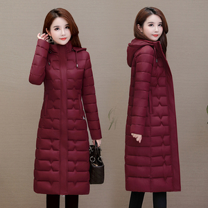 Image 2 - Winter Mäntel Frau Outwear 2020 Lange Parkas Plus Größe 4XL Warme Dicke Daunen Jacke Mit Kapuze Mode Schlank Solide Winter Kleidung frauen