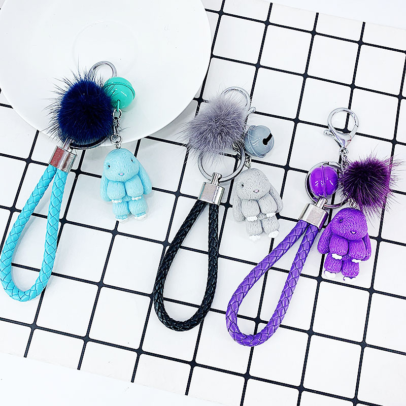 Cute Resin Rabbit Keychain Mink Fur Ball Cartoon Rabbit Keychains For Women Key Chain Car Key Ring Bag Pendant Fashion Jewelry