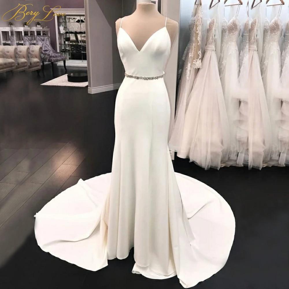 2019 Plain Ivory Mermaid Wedding Dress Spaghetti Straps V Wedding Gown Bridal Dress Chapel Train Open Crystal Belt Bridal Gown