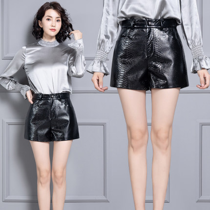 2020 Women New Real Genuine Sheep Leather Shorts KS68