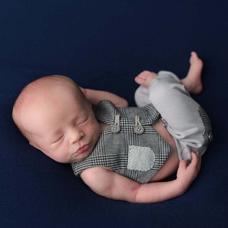 Newborn Photography Props Accessories Little Gentleman Baby Boy Photography Costume Baby Photo Props Infant Plaid Vest+Pants Set