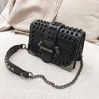 Luxury Rivet Chain S...