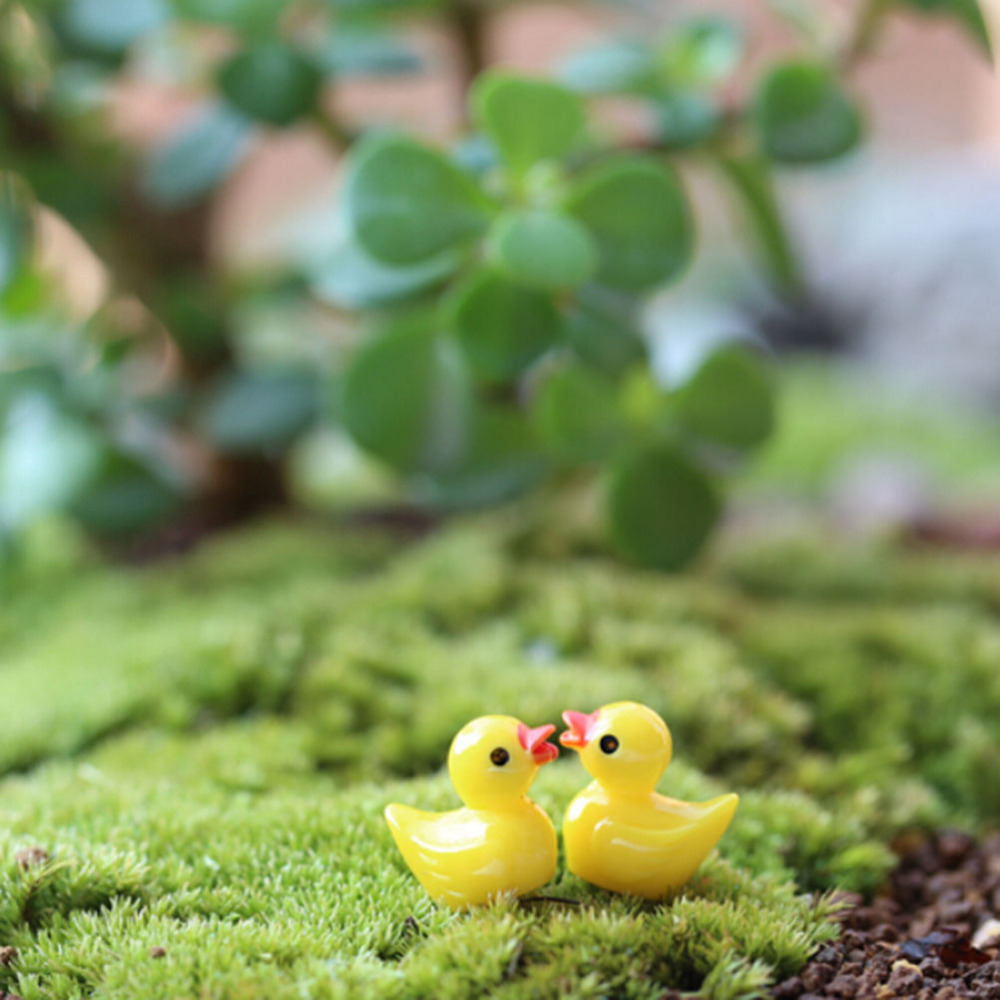 10Pcs New Hot Sale Miniature Dollhouse Fairy Garden Mini Cute Little Yellow Duck Resin Crafts For Home Plants Decoration
