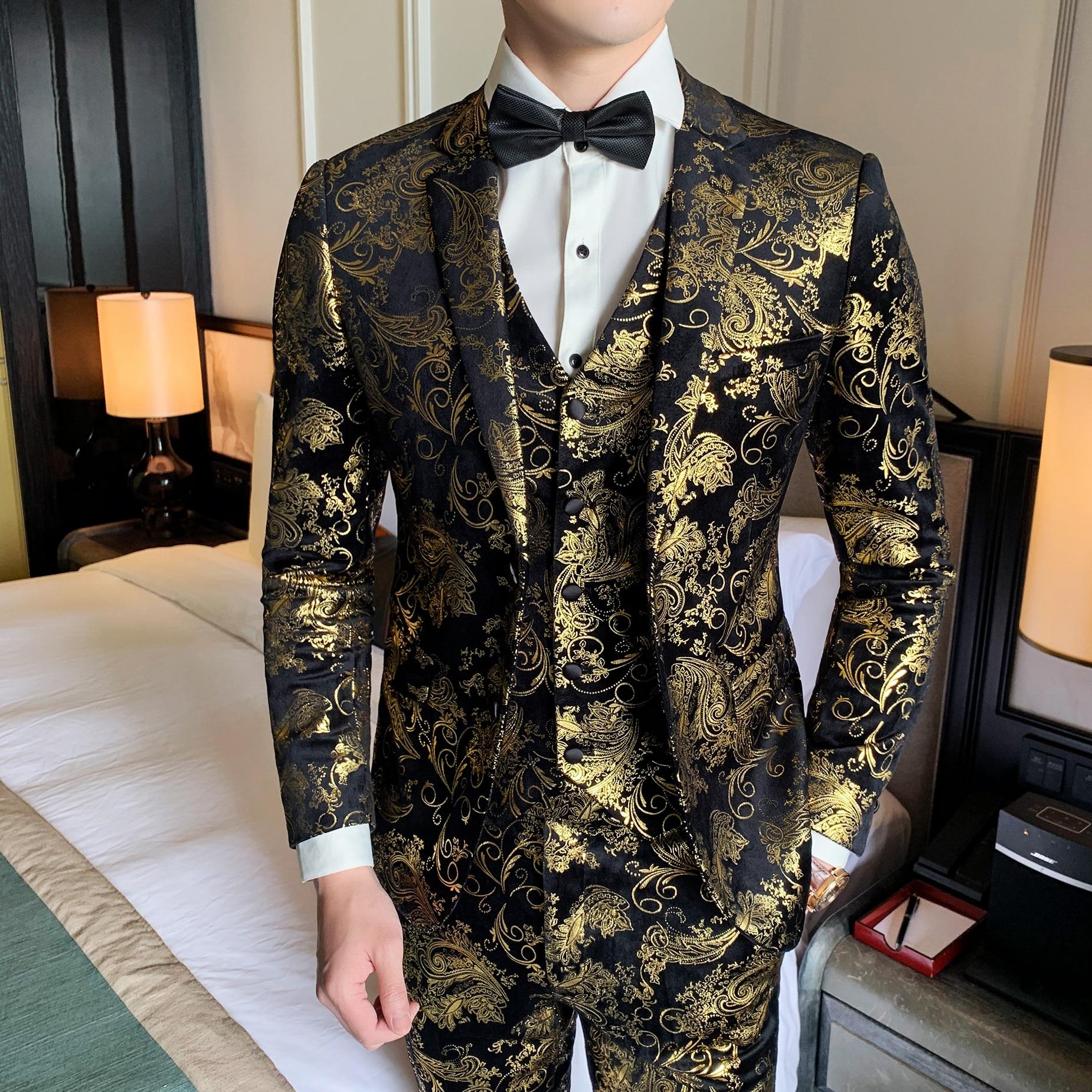 Golden Floral Pattern Slim Fit Mens Suits Blazers+Vest+Pants Fashion 3 Pieces Set Single Two Buttons Dress Suits Stage Costume