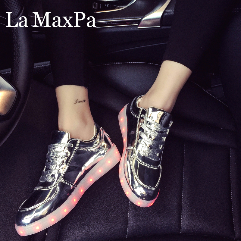 2019 Luminous Sneakers With Backlight Glowing LED Shoes Boys Girls Sneakers With Luminous Sole Female Basket Femme LED Slippers