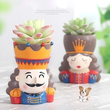 Get more info on the King And Queen Flower Pot For Home Decoration Walnut Fairy Tale Resin Flower Pot Garden Succulent Plant Pot Office Desktop Decor