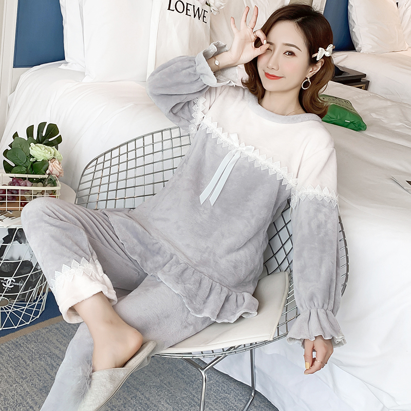 Loungewear Women 2019 Winter Warm Flannel Pajamas Set for Women New Air Cotton Print Christmas Clothes Thicken Home Service 18
