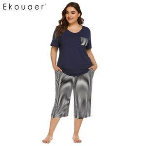 Image 1 - Ekouaer Mulheres Plus Size Conjuntos de Pijama Pijamas de Verão de Manga Curta Tops Listrado Capri Calças Pijama Terno Sleepwear Feminino