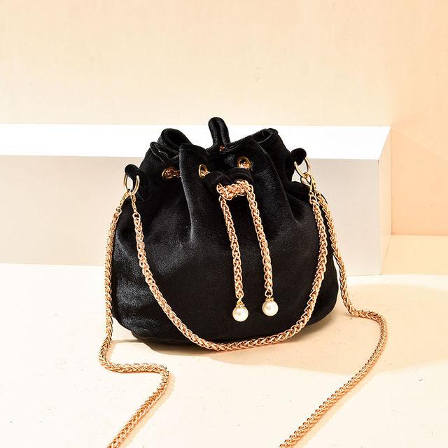 Luxury Velvet Large Capacity Bucket Bag 4
