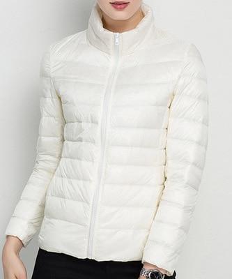 Женское зимнее пальто Новая мода 90% белый утиный пух куртка Сверхлегкий портативный тонкий пуховик женские зимние куртки парки - Цвет: Beige