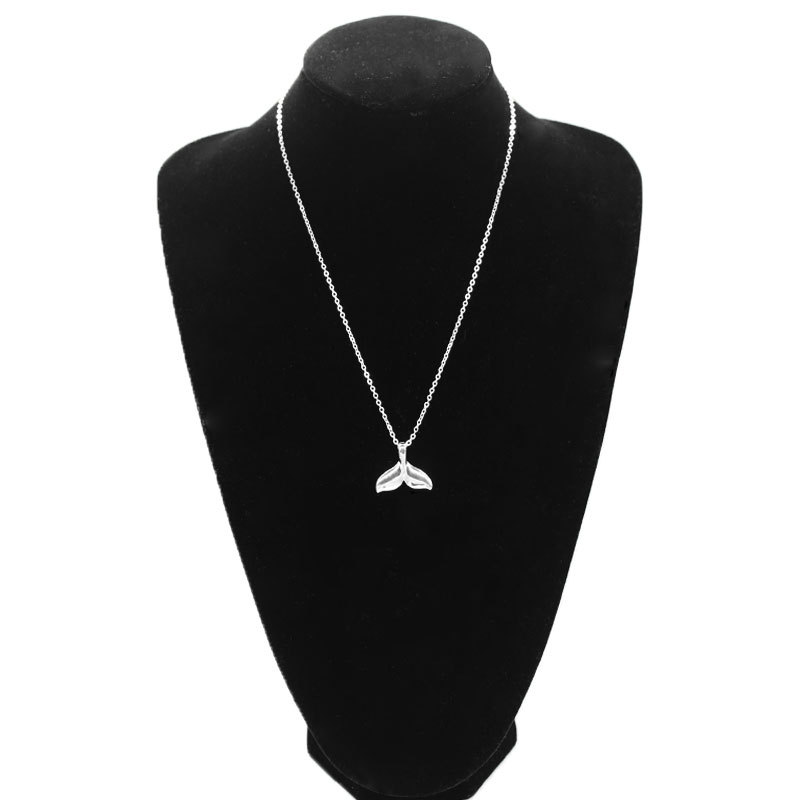 Fashion Exquisite Fish Tail Pendant Necklace Women Long Chain Clavicle Statement Jewelry