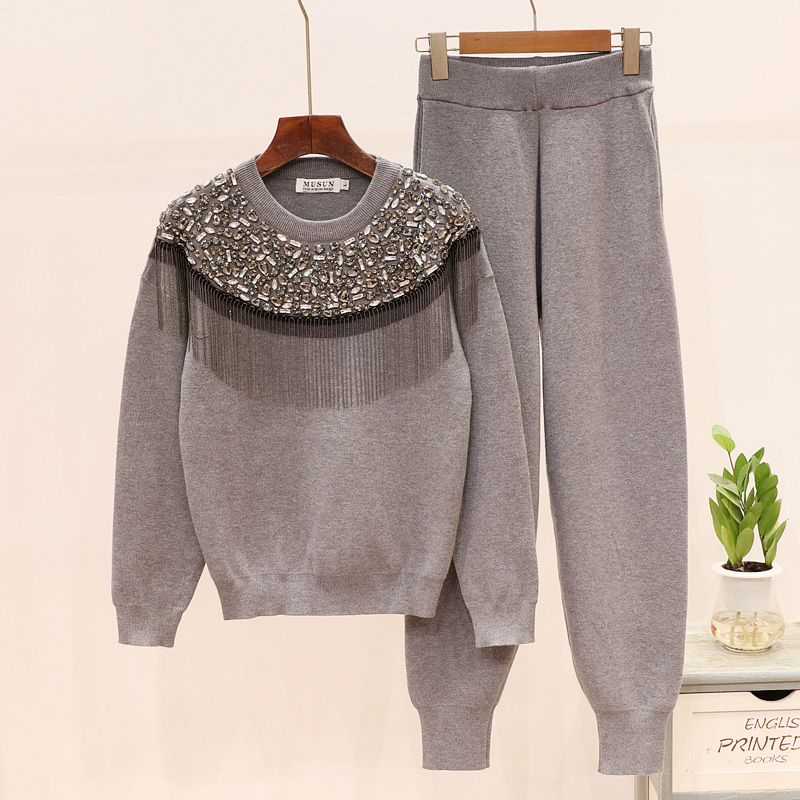2019 Winter Diamonds Tassel Sweater Set Women Long Sleeve Knitted Pullover Tops +Trousers Tracksuit Women Fashion Two Piece Set