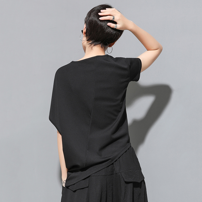 [EAM] 2020 New Spring Summer Round Neck Short Sleeve Black Irregular Fold Pleated Irregular T-shirt Women Fashion Tide JT616 6