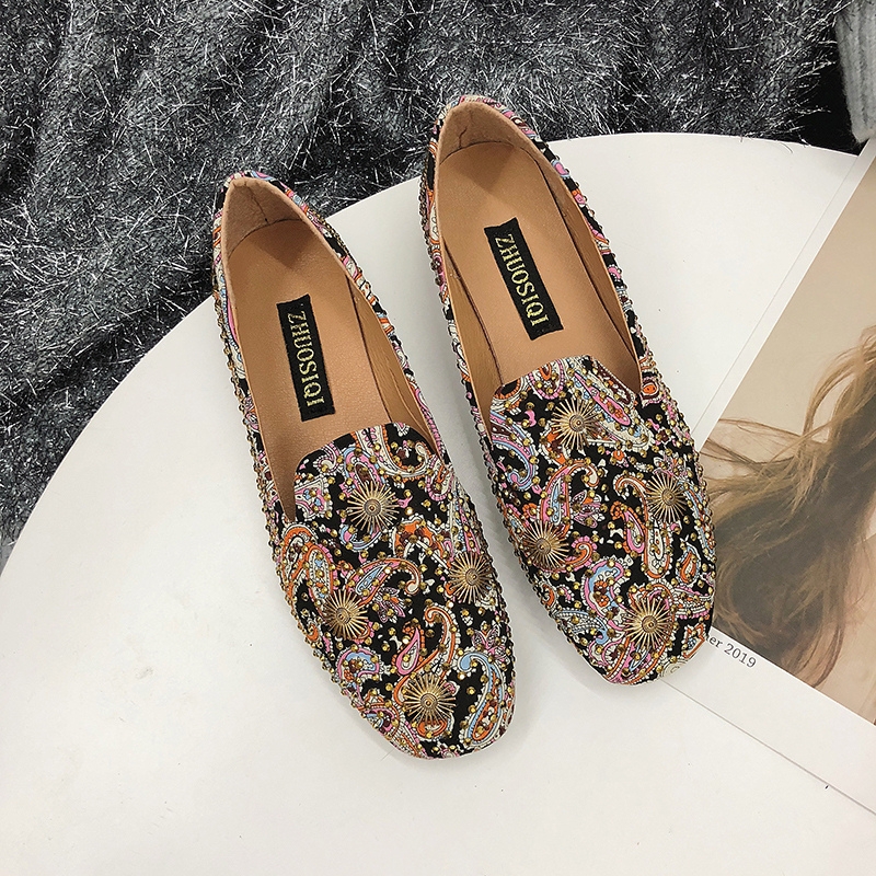 Women Loafers Shallow Boat Shoes Slip On Vintage Floral Mother Shoes Rivet Lazy Summer Ladies Flats Sneakers Casual Peas Shoes