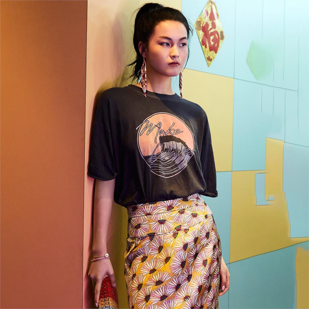 KIYUMI T Shirt Women Shirts Short Sleeve O-neck Tee Tops 2019 New Casual Wave Pattern Print  High Street Loose Cotton Tee Tshirt