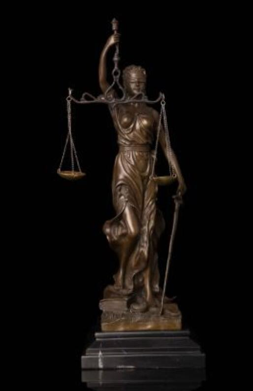 Goddess of justice classic Mythical figure sculpture Decoration Crafts Lady Scales Lawyer Themis Statue Souvenirs lawyer copper image